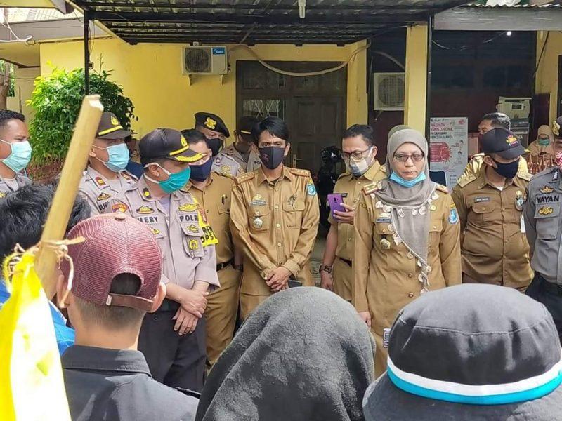 Suasana aksi PMII cabang Bulukumba saat menggelar aksi di depan kantor Inspektorat Bulukumba beberapa waktu lalu.