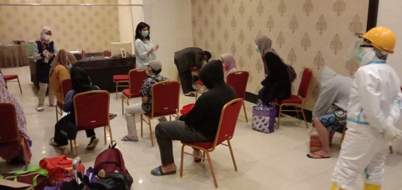 Pasien positif covid-19 asal Bulukumba yang dirujuk ke Makassar, Sabtu (27/6/2020).