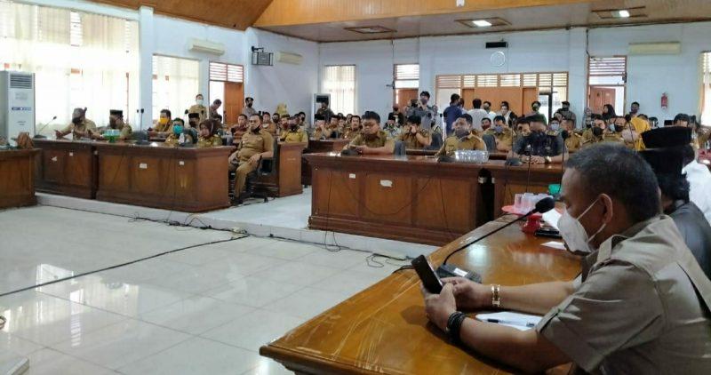 Foto: Ratusan Kades di Bulukumba Tolak Pansus BLT Dana Desa untuk bantuan dampak Covid-19, Senin (13/7/2020).