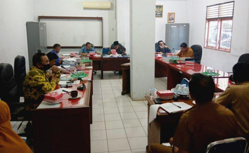 DPRD Bulukumba Bahas Sisa Perhitungan Akhir APBD 2019 Bersama Mitra Komisi, Selasa (18/8/2020) [FOTO: Sahi Alkhudri/Kumanika.com]