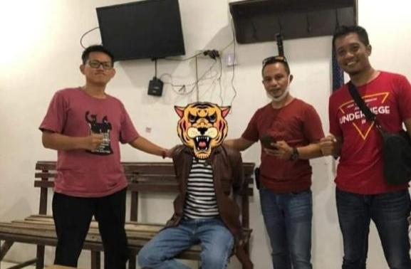 Unit Tipidter Reskrim Polres Bulukumba mengamankan seorang pelaku penipuan online.