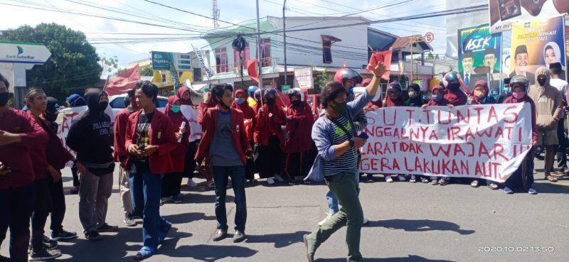 IMM Bulukumba Menggelar Demonstrasi Terkait Gadis Tewas Yang Ditemukan Tergantung