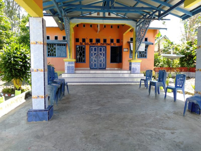 Kantor Desa Balibo, Kecamatan Kindang tertutup