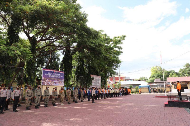 Bupati Bantaeng, DR Ilham Azikin pimpin apel kesiagaan di Mapolres Bantaeng, Senin, (16/11/2020).