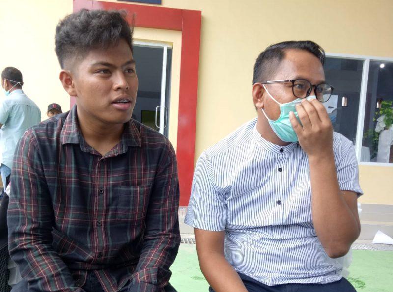 Direktur PT Rahmat Anugerah Mandiri, Rahmat Patappari bersama Humas PT Rahmat Anugerah Mandiri, Parman