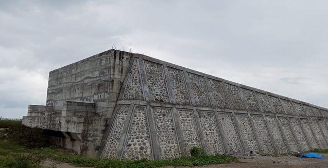 Jembatan Bialo