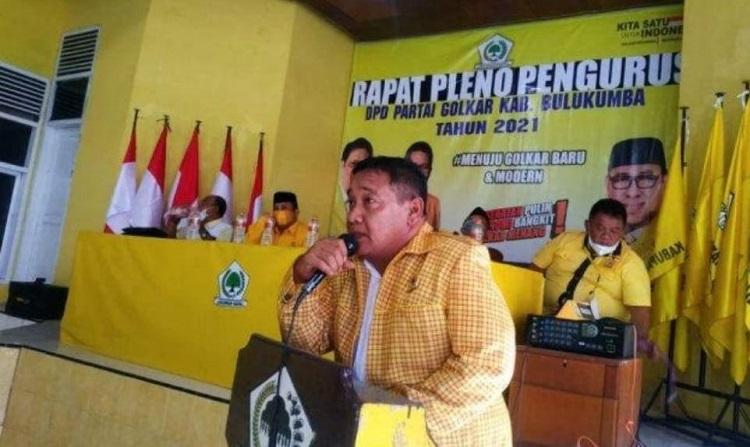 Dinilai Tak Bisa Tuntaskan Musda, Kader Golkar Desak DPP Copot Taufan Pawe. Foto: Dokumentasi Istimewa