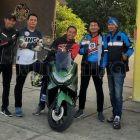 Ahmad Akbar (tengah), saat melakukan touring dalam rangka Anniversary YNCI. Foto: Dokumentasi Istimewa